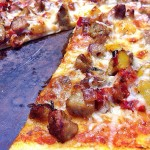 Healthy Pizza Round-Up: Chicken Sausage & Sauteed Bell Pepper Pizza {Recipe ReDux}