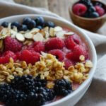 How To Make a Smoothie Bowl {Recipe ReDux}